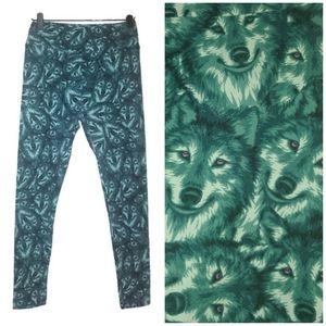 LuLaRoe Wolf Print Leggings Green OS (One Size)